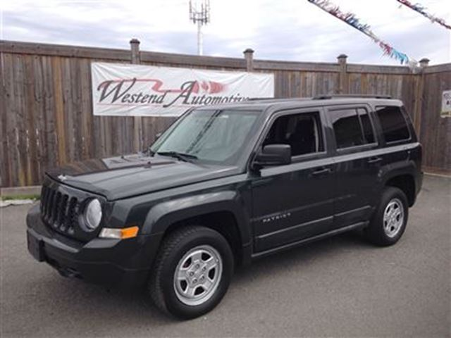 2011 jeep patriot north 4x4 ottawa ontario used car for. Black Bedroom Furniture Sets. Home Design Ideas
