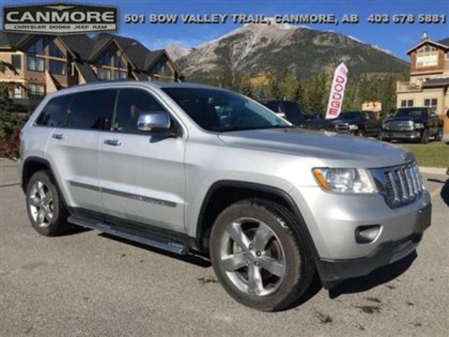 2011 JEEP GRAND CHEROKEE Overland Nav Sunroof DVD in Canmore, Alberta