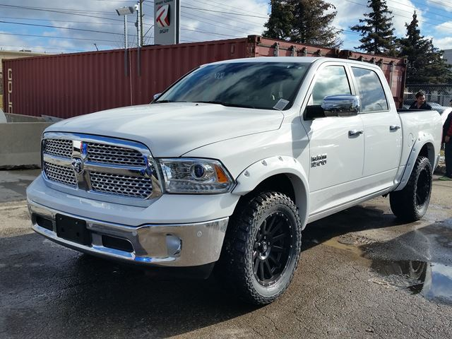 2016 dodge ram 1500 laramie crewcab 4x4 vaughan ontario car for sale 2287054. Black Bedroom Furniture Sets. Home Design Ideas