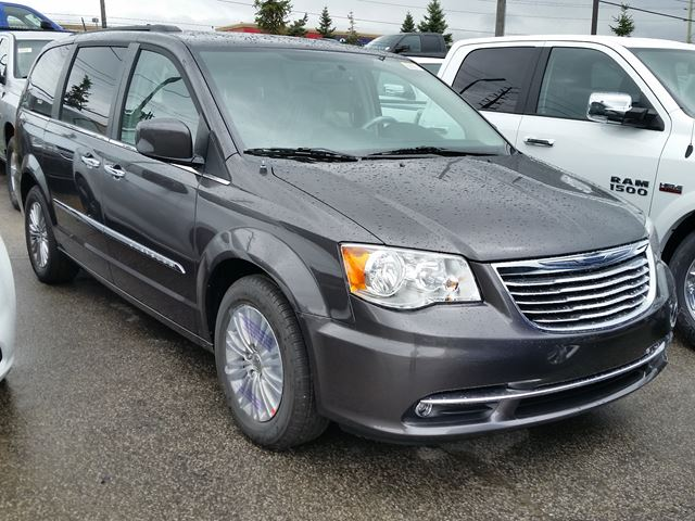 2016 chrysler town and country touring l anniversary edition vaughan ontario car for sale. Black Bedroom Furniture Sets. Home Design Ideas