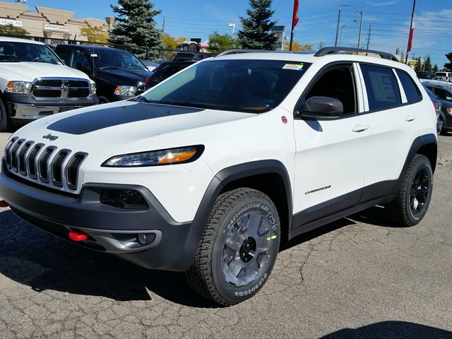 2016 jeep cherokee trailhawk 4x4 white vaughan chrysler dodge jeep new car. Black Bedroom Furniture Sets. Home Design Ideas