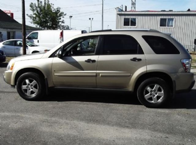 2006 chevrolet equinox ls awd sandstone metallic mint. Black Bedroom Furniture Sets. Home Design Ideas