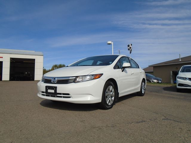 2012 honda civic lx pembroke ontario car for sale 2291652. Black Bedroom Furniture Sets. Home Design Ideas