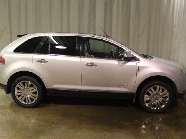 2010 LINCOLN MKX AWD Leather V6 in Vegreville, Alberta