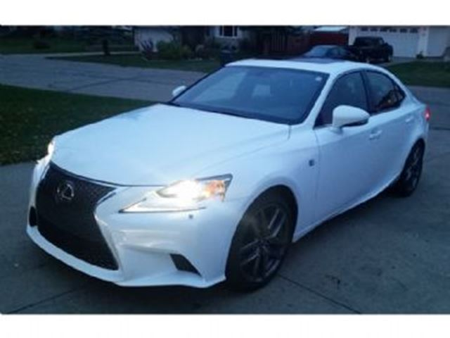 2015 lexus is 250 mississauga ontario used car for sale 2295736. Black Bedroom Furniture Sets. Home Design Ideas