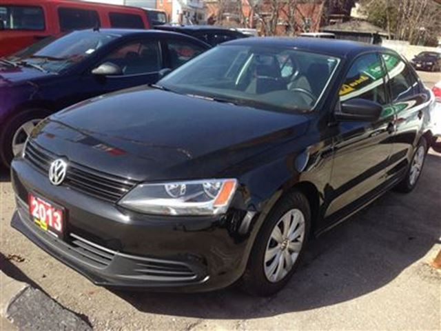 2013 volkswagen jetta low low kms factory warranty until. Black Bedroom Furniture Sets. Home Design Ideas