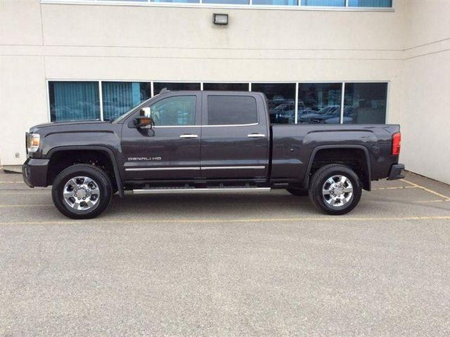 2015 GMC SIERRA 3500  Denali in Vernon, British Columbia