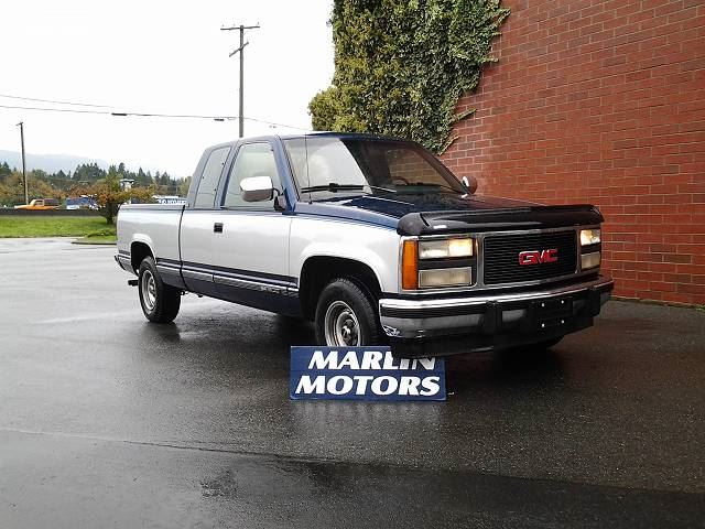 1993 GMC SIERRA 1500 Club Coupe 6.5-ft. Bed 2WD in Koksilah, British Columbia