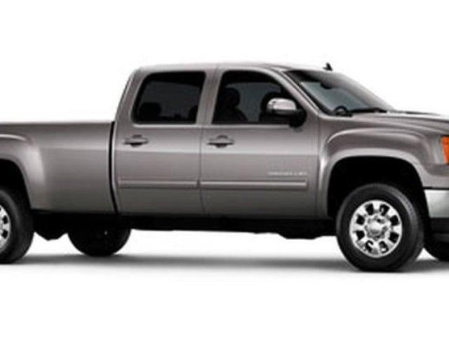 2012 GMC SIERRA 2500  SLE in Dawson Creek, British Columbia