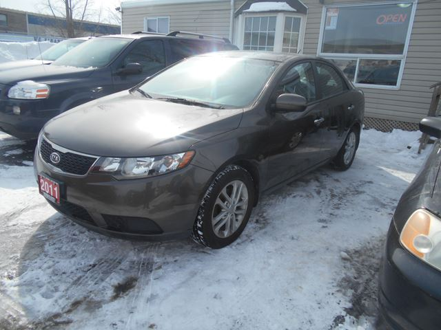 2011 kia forte ex ottawa ontario car for sale 2300936. Black Bedroom Furniture Sets. Home Design Ideas