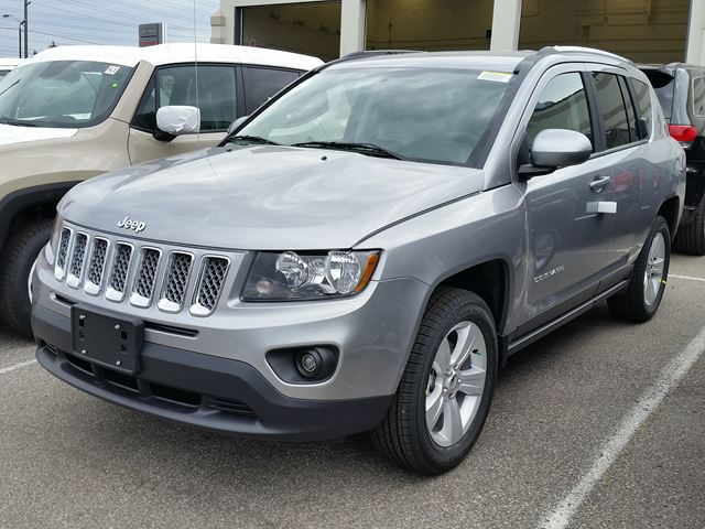 2016 jeep compass north 4x4 vaughan ontario new car for sale 2304187. Black Bedroom Furniture Sets. Home Design Ideas