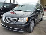 2016 Chrysler Town and Country Touring-L Anniversary Edition in Vaughan, Ontario