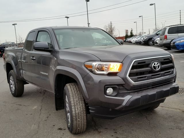 2016 toyota tacoma brampton ontario car for sale 2308782. Black Bedroom Furniture Sets. Home Design Ideas