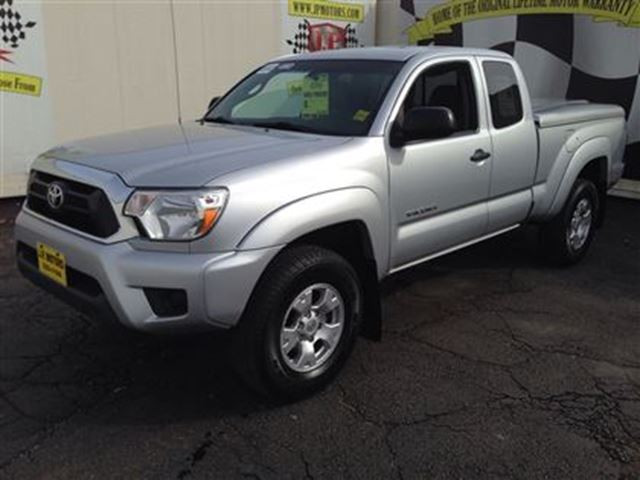 2012 toyota tacoma sr5 burlington ontario used car for. Black Bedroom Furniture Sets. Home Design Ideas