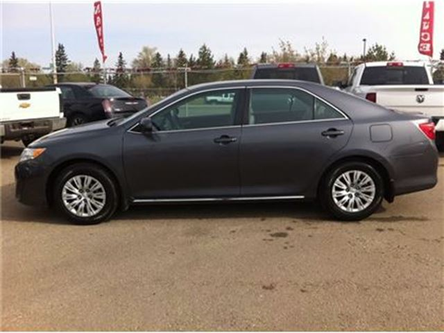 2014 toyota camry le touch screen great fuel economy edmonton alberta used. Black Bedroom Furniture Sets. Home Design Ideas