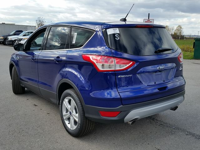 new 2016 ford escape se in port perry ontario 1978584. Black Bedroom Furniture Sets. Home Design Ideas