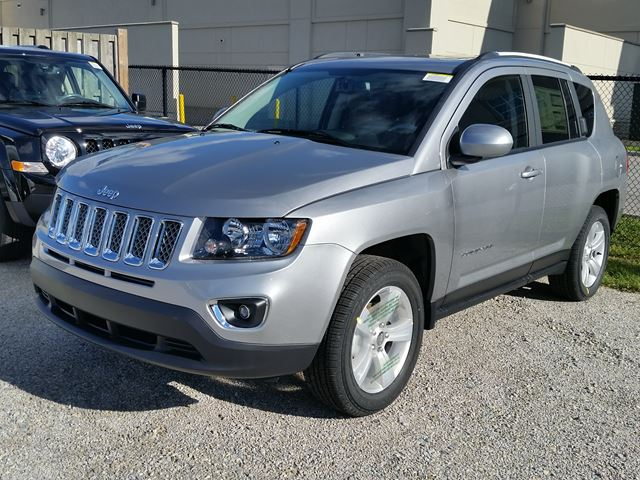 2016 jeep compass high altitude 4x4 grey hunt chrysler. Black Bedroom Furniture Sets. Home Design Ideas