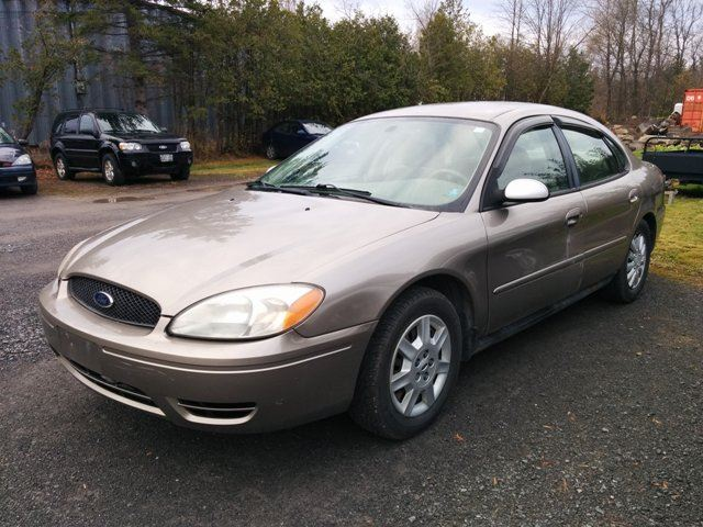 2005 ford taurus se ottawa ontario used car for sale. Black Bedroom Furniture Sets. Home Design Ideas