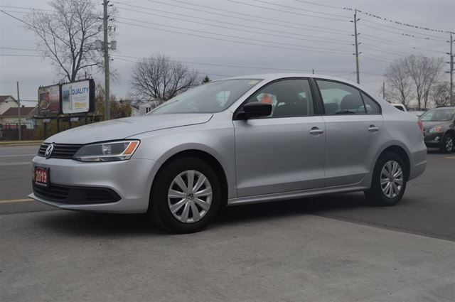 2013 volkswagen jetta 2 0l trendline automatic silver. Black Bedroom Furniture Sets. Home Design Ideas