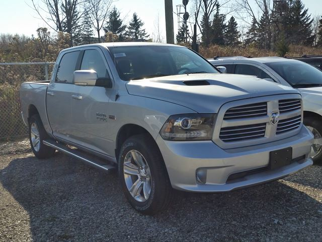 2016 dodge ram 1500 sport 4x4 vaughan ontario car for sale 2325543. Black Bedroom Furniture Sets. Home Design Ideas