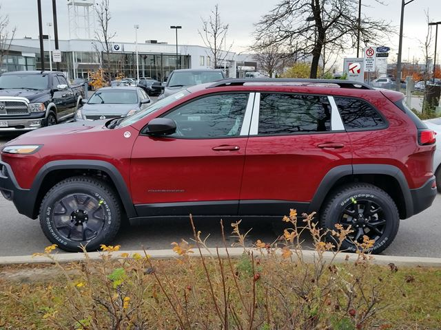 new 2016 jeep cherokee trailhawk 4x4 vaughan. Black Bedroom Furniture Sets. Home Design Ideas