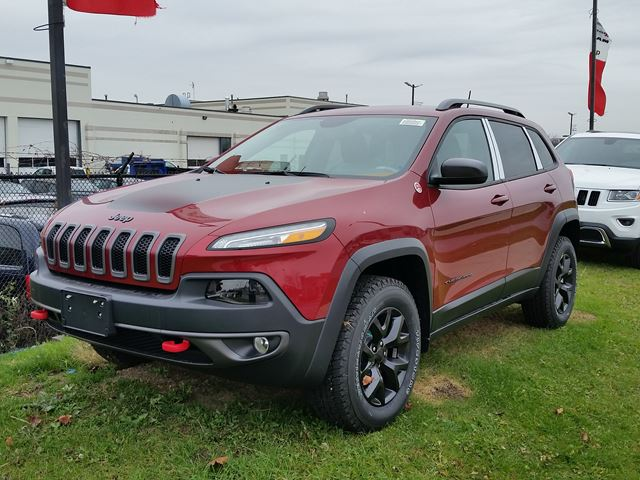 2016 jeep cherokee trailhawk 4x4 vaughan ontario car for sale 2326263. Black Bedroom Furniture Sets. Home Design Ideas