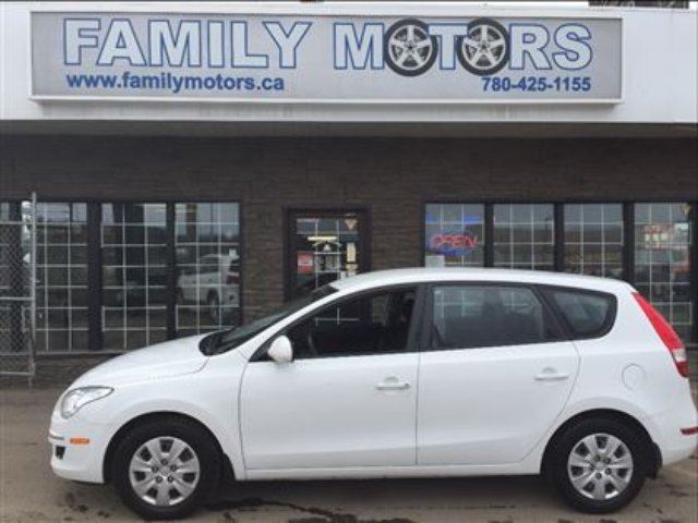 2011 Hyundai Elantra Touring Gls Loaded White Family