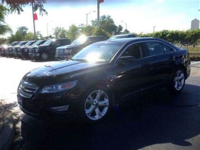 2010 ford taurus sho burlington ontario used car for sale 2336976. Black Bedroom Furniture Sets. Home Design Ideas