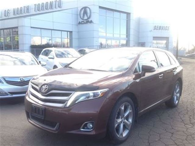 2014 toyota venza v6 awd 6a limited xle v6 awd 36km brown acura of north toronto. Black Bedroom Furniture Sets. Home Design Ideas