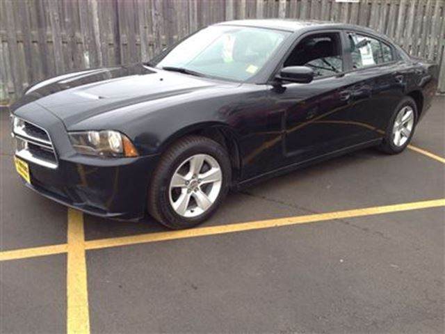 2014 dodge charger se black j p motors. Black Bedroom Furniture Sets. Home Design Ideas