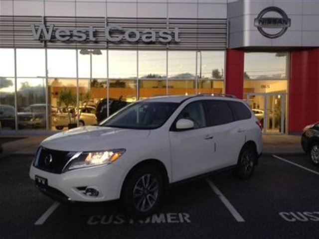 2013 Nissan Pathfinder S in Pitt Meadows, British Columbia
