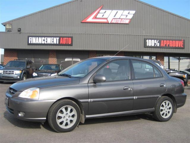 2005 Kia Rio LS Financement Maison in Sainte-Catherine, Quebec