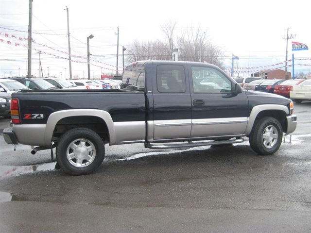 2006 gmc sierra 1500 sle financement maison sainte for Automobile financement maison
