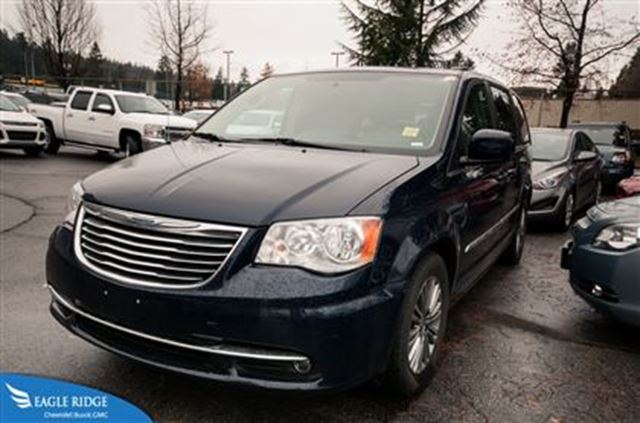 2014 chrysler town and country touring l seating for 7 backup camera. Cars Review. Best American Auto & Cars Review