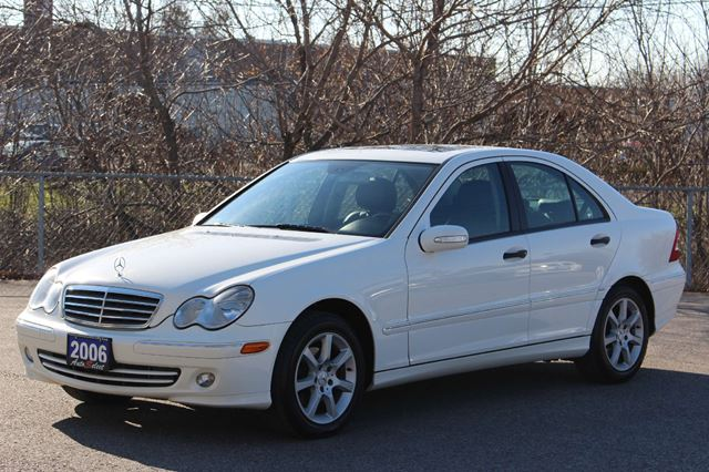 2006 mercedes benz c class c230 only 182k rare white for Mercedes benz scarborough