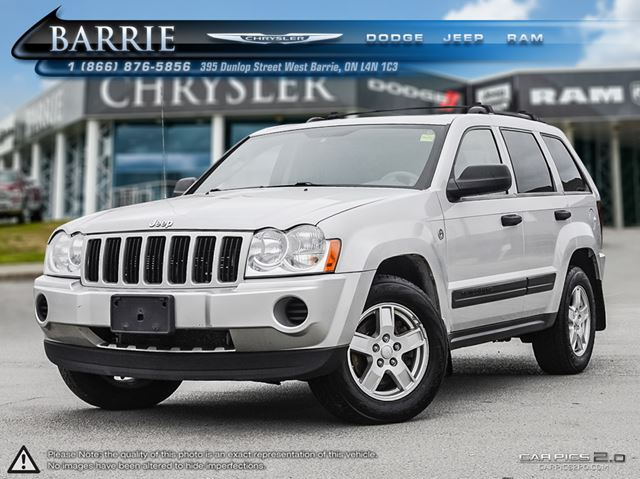 2006 jeep grand cherokee laredo silver barrie chrysler. Black Bedroom Furniture Sets. Home Design Ideas