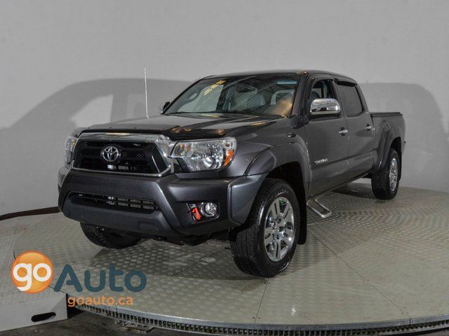 2013 toyota tacoma only 25000kms accident free grey. Black Bedroom Furniture Sets. Home Design Ideas