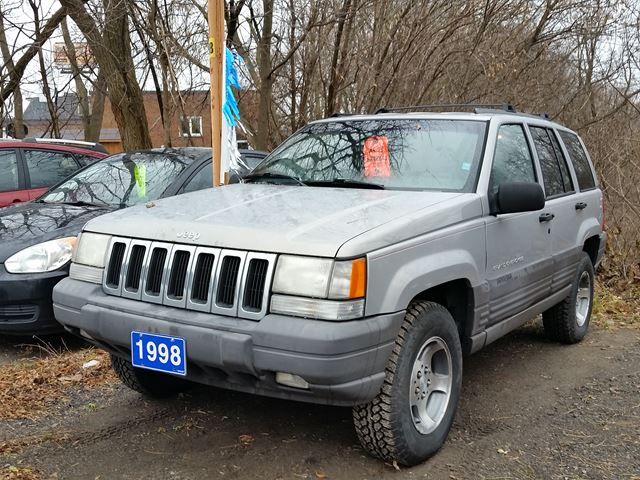 1998 jeep grand cherokee laredo as is oshawa ontario used car for sale 2350963. Black Bedroom Furniture Sets. Home Design Ideas