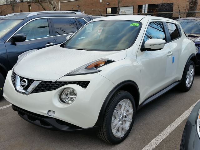 2016 nissan juke sv awd mississauga ontario new car for sale 2352807. Black Bedroom Furniture Sets. Home Design Ideas