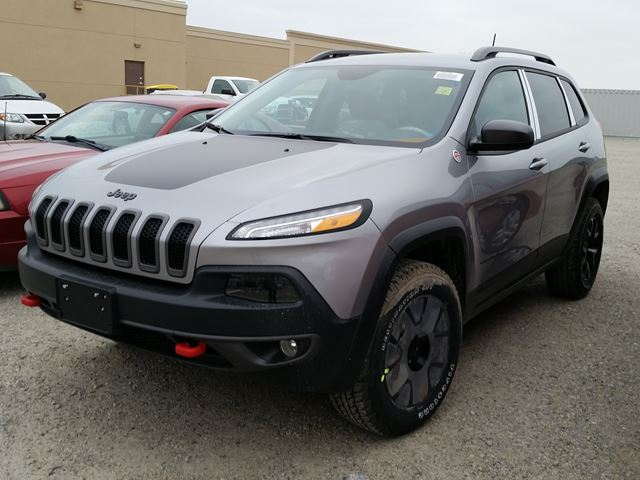 2016 jeep cherokee trailhawk 4x4 grey hunt chrysler new car. Black Bedroom Furniture Sets. Home Design Ideas