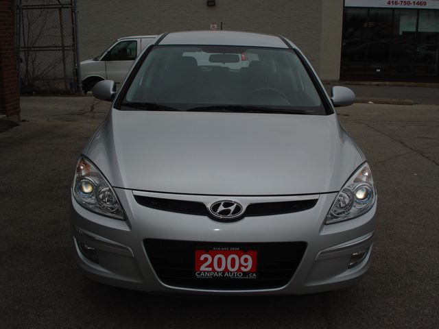 2009 hyundai elantra touring base silver canpak auto inc. Black Bedroom Furniture Sets. Home Design Ideas
