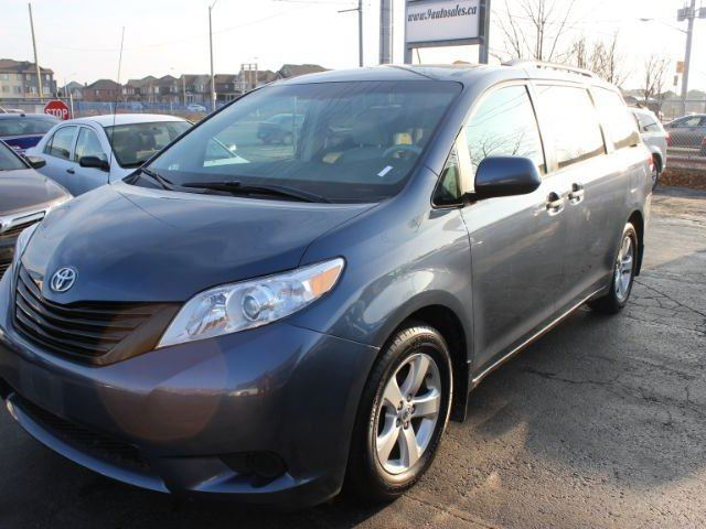 2014 toyota sienna le blue 9 auto sales. Black Bedroom Furniture Sets. Home Design Ideas