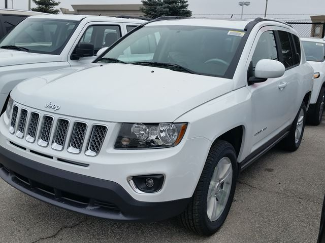 2016 jeep compass high altitude 4x4 vaughan ontario new car for sale 2356817. Black Bedroom Furniture Sets. Home Design Ideas