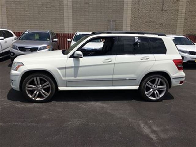 2010 mercedes benz glk class glk350 automatic leather panoramic sunroof awd burlington. Black Bedroom Furniture Sets. Home Design Ideas