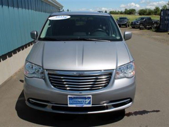 2014 chrysler town and country touring middleton nova scotia car for sale 2358723. Black Bedroom Furniture Sets. Home Design Ideas