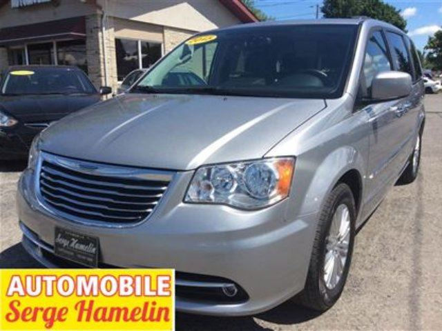 2015 chrysler town and country touring l chateauguay quebec used car for sale 2360280. Black Bedroom Furniture Sets. Home Design Ideas