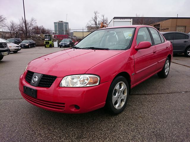 2005 nissan sentra 1 8 s low mileage red scarboro. Black Bedroom Furniture Sets. Home Design Ideas