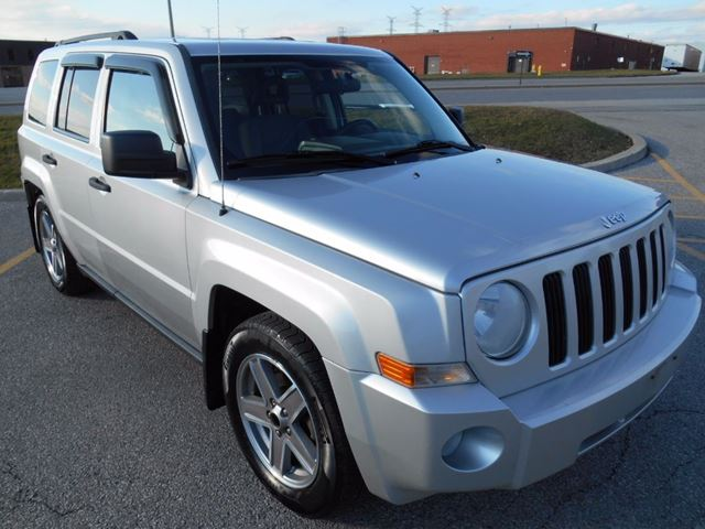 2007 jeep patriot sport 4wd silver auto berry. Black Bedroom Furniture Sets. Home Design Ideas