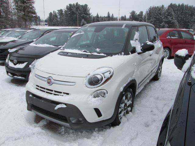 2014 fiat 500l trekking white edwards mazda. Black Bedroom Furniture Sets. Home Design Ideas