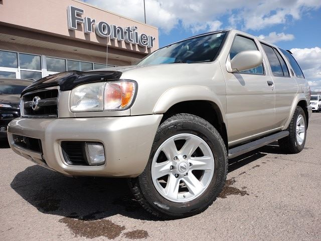 2003 NISSAN PATHFINDER LE in Smithers, British Columbia